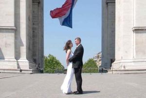 Married couple. Wedding under the Arc de Triomphe, Paris, France