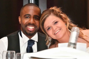 Couple maries reception mariage apres retouches
